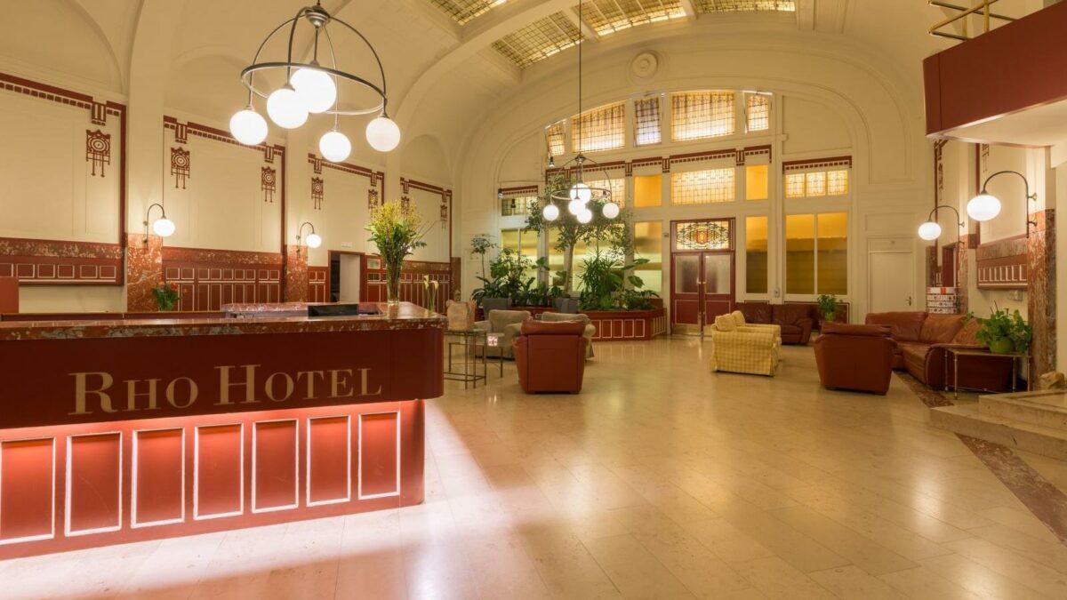 Rho Hotel Recepção