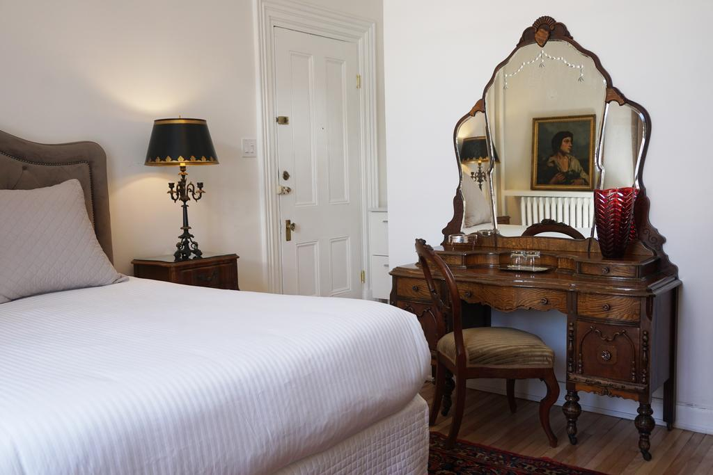 Marie Rollet Hotel Quebec City