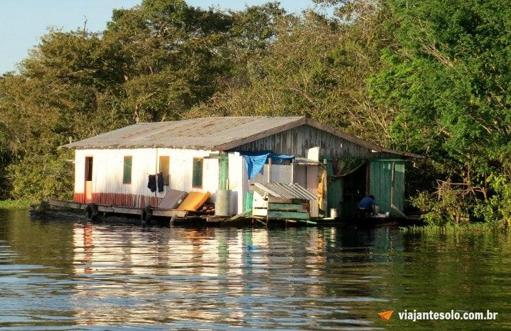 Lago Janauari Casa Ribeirinhos | Viajante Solo