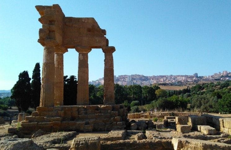 Sozinha na Sicilia Vale dei Templi - Dioscure