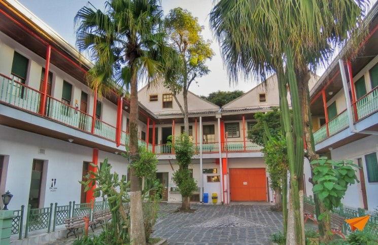 Viajar Sozinha para Curitiba Roma Hostel