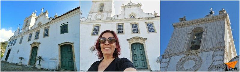Passeio a pé no centro histórico de Angra Convento do Carmo | Viajante Solo
