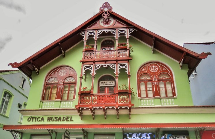 Viajar Sozinha para Blumenau Casas