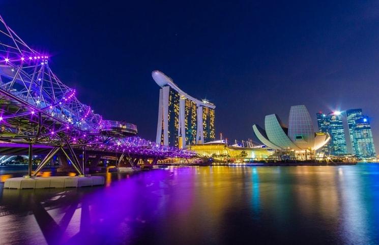Viajar Sozinha para Cingapura-min
