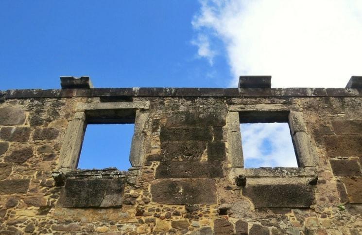 Visita ao Castelo Garcia D´Ávila Praia do Forte Capela (3)