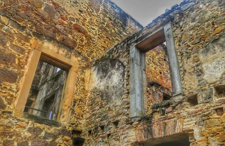 Visita ao Castelo Garcia D´Ávila Praia do Forte Capela (6)