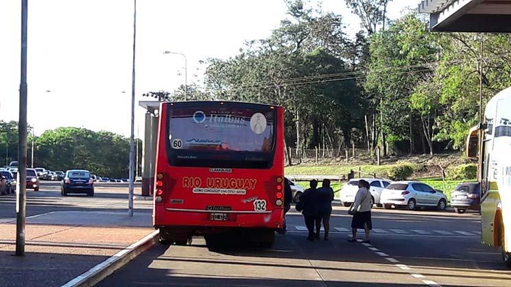 Ônibus Rio Urugay na Imigração