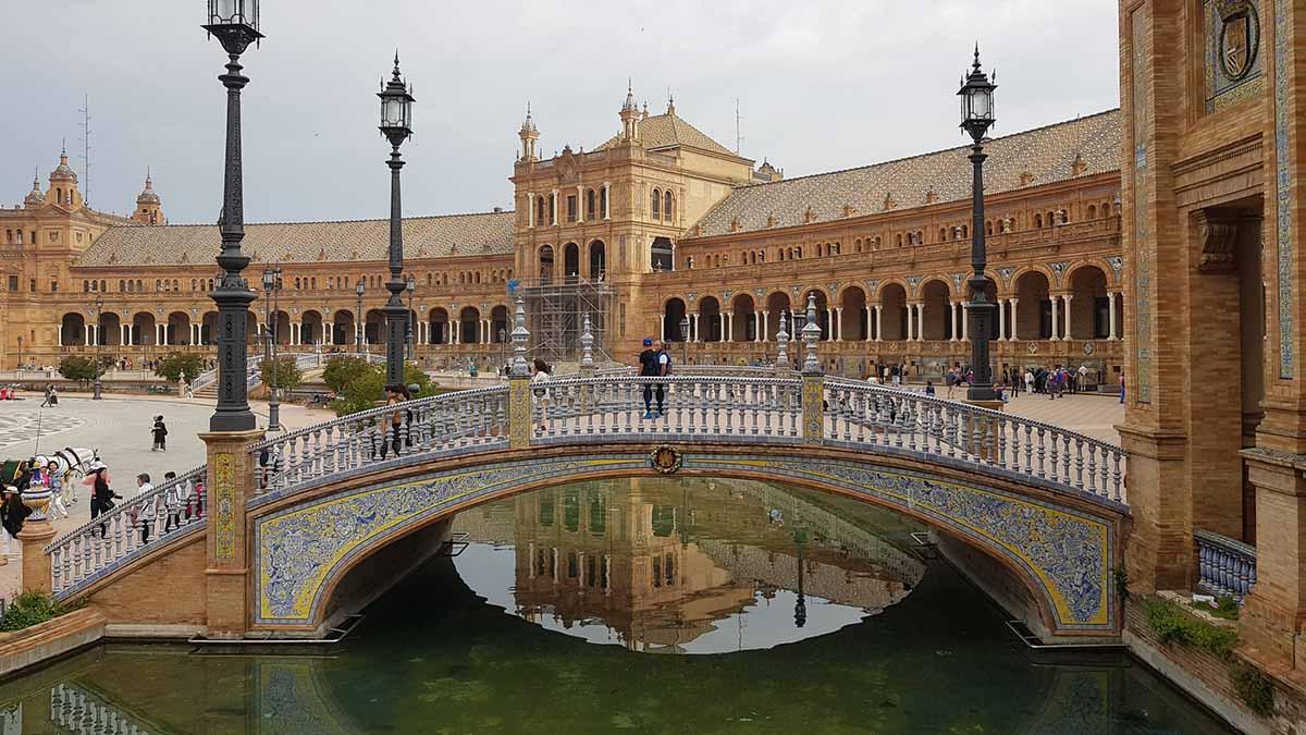 Viajar Sozinha para Sevilha dicas práticas para a sua viagem solo