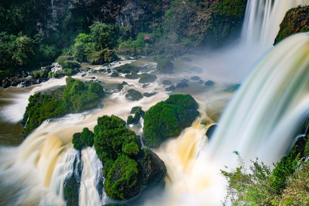 Países para viajar sozinha e sem passaporte: Saltos del Monday , Paraguai