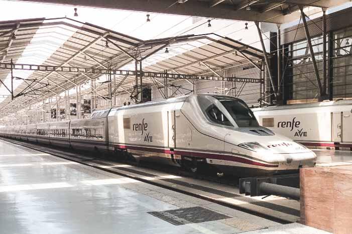 Viajar Sozinha para Sevilha Trem Renfe