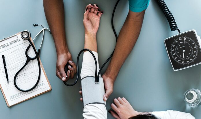 PB4, assistência médica para brasileiros em Portugal