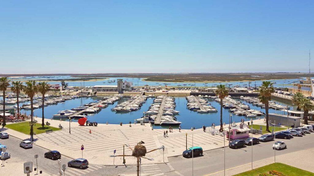 Viajar Sozinha para Faro. Vista da Marina a partir do terraço do hotel.