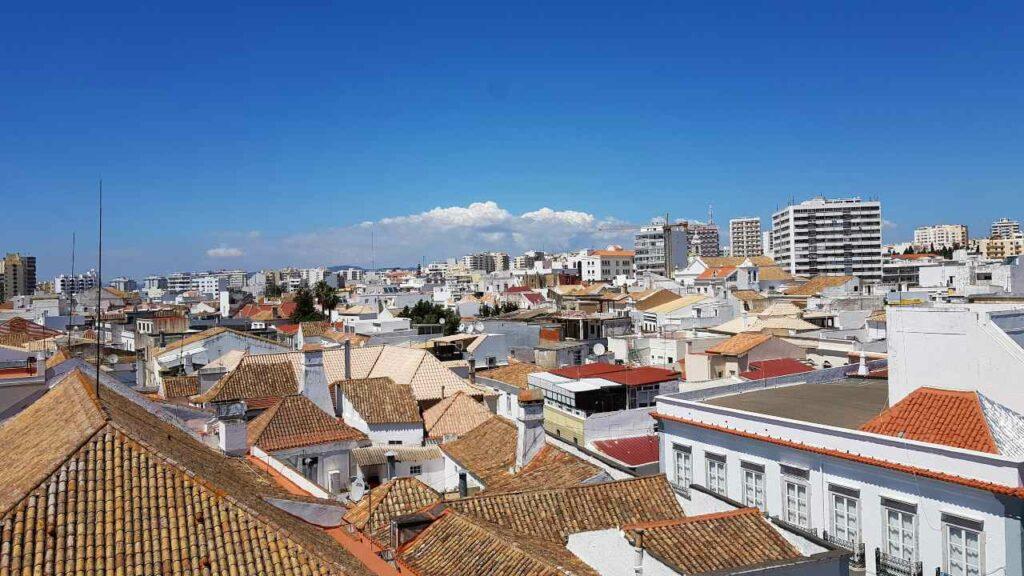 Viajar Sozinha para Faro - Vista dos Telhados de Faro