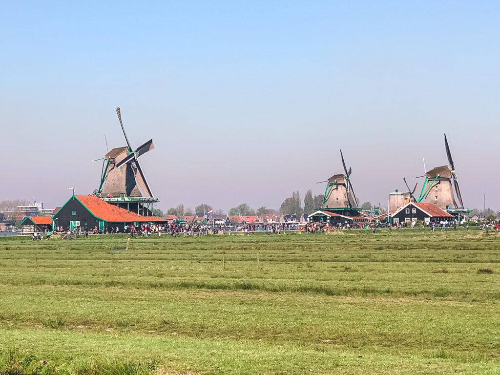 Viajar Sozinha para a Holanda Bate e Volta a Zaanse Schans