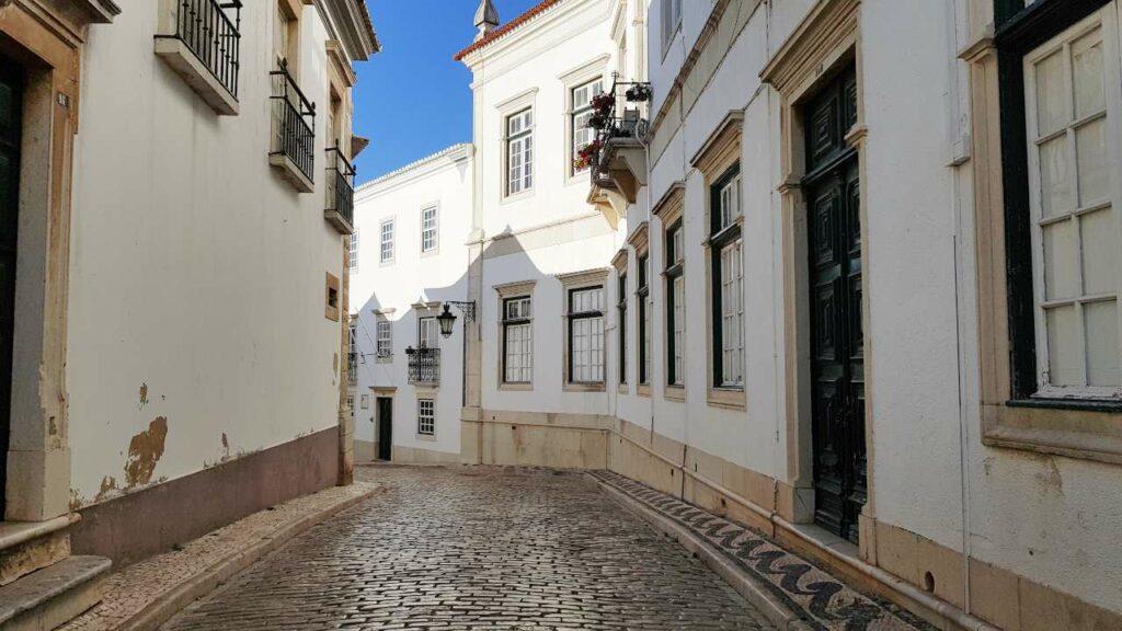 Viajar Sozinha para faro: Centro Histórico