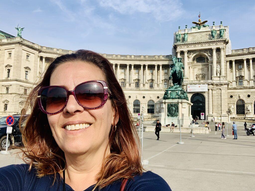 Sozinha em Viena - Denise Tonin
