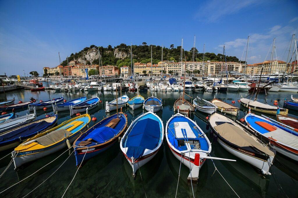 Viajar Sozinha para Nice: Porto