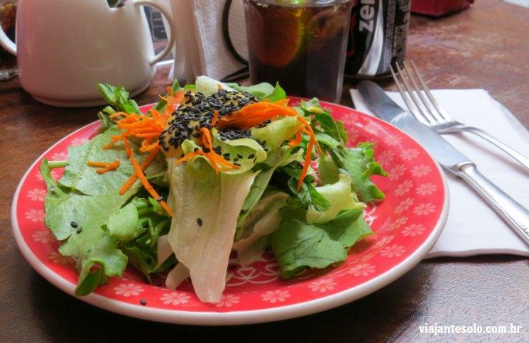 Absoluto Café Salada | Viajante Solo