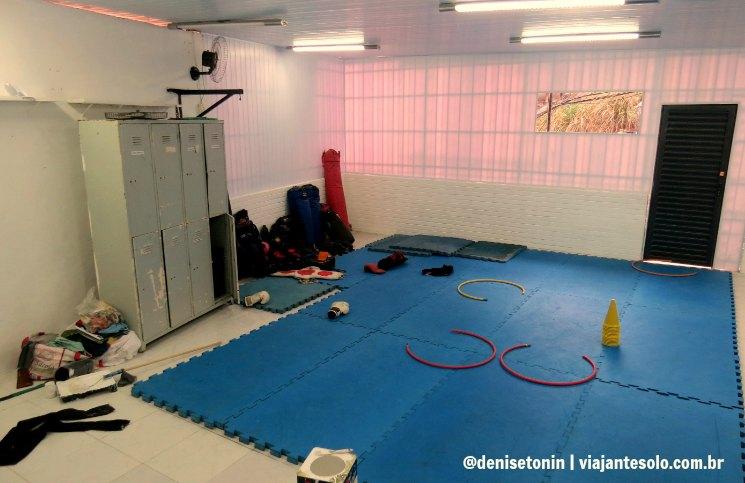 Centro Esportivo favela Santa Marta | Viajante Solo