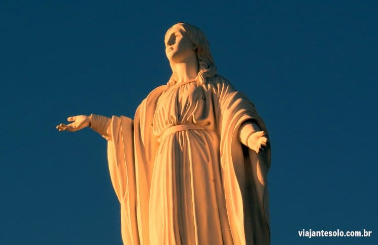 Santiago: um final de tarde no Cerro San Cristobal| Viajante Solo