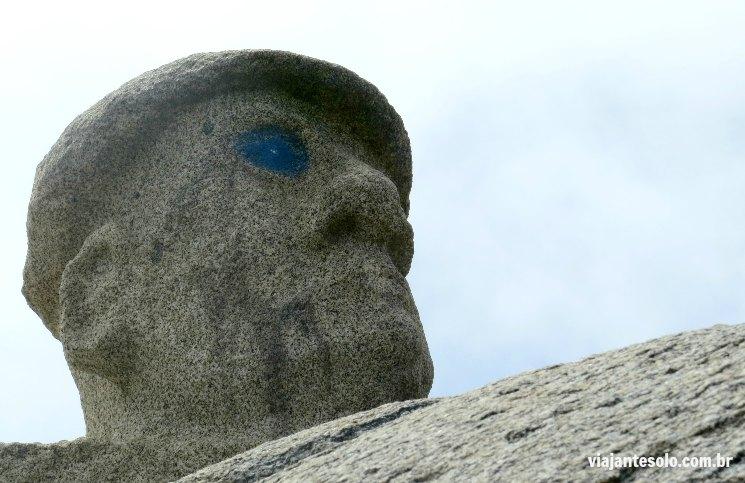 Isla Negra Moai Pablo Neruda | Viajante Solo