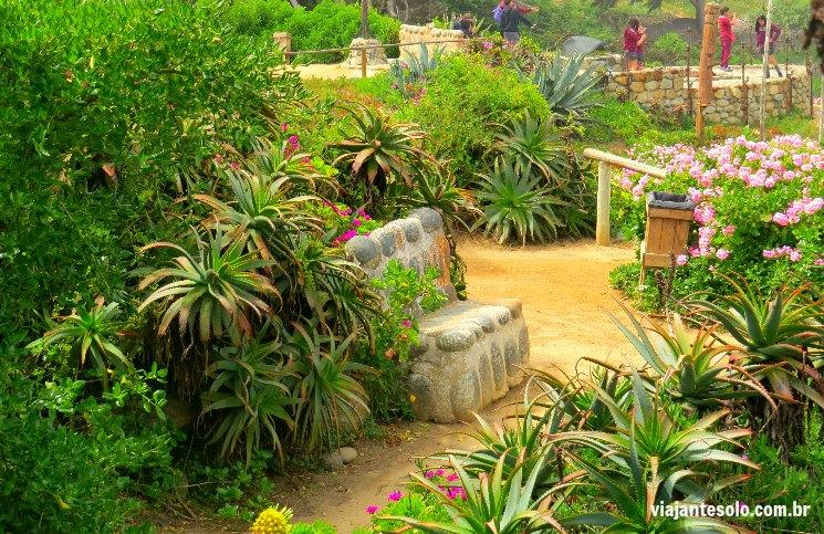 Isla Negra Recando nos Jardins | Viajante Solo