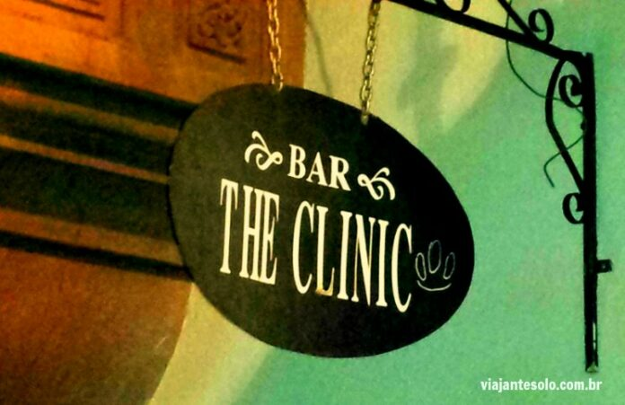 Onde beber em Santiago Bar The Clinic, bairro Bellas Artes | Viajante Solo