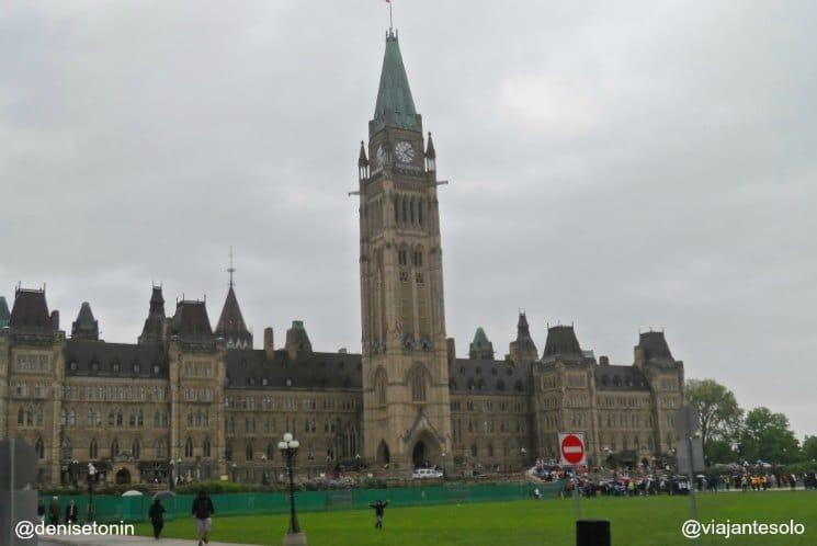 Parliament Hill Ottawa| Viajante Solo
